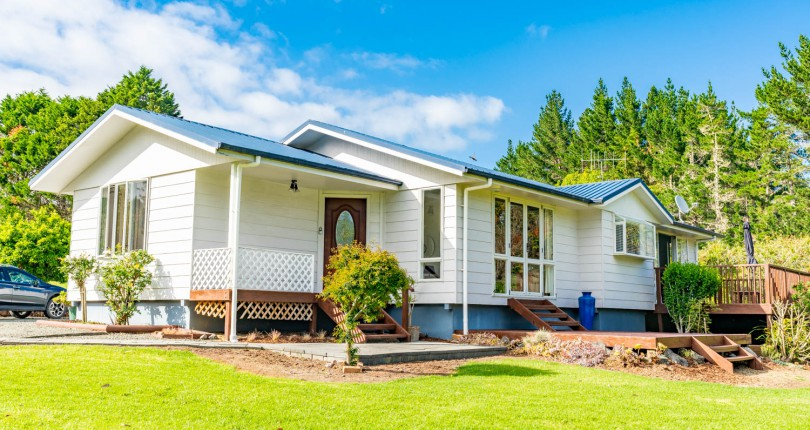 3 Bedroom Country Home, Glenmohr Rd, Waipu