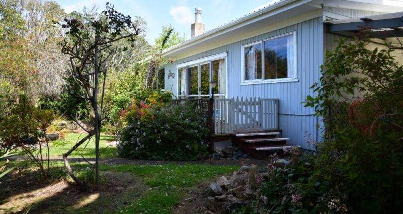 Refresh Me or Rent Me!  Central Location in Waipu